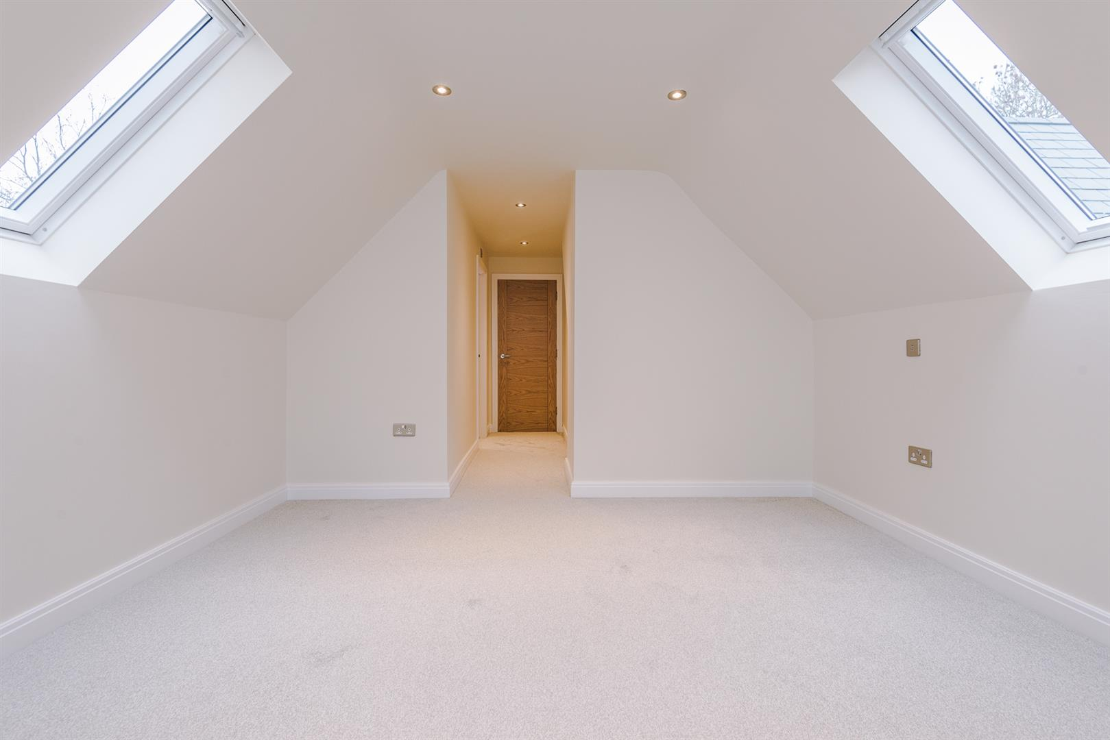 5 Bedroom House For Sale Image 36